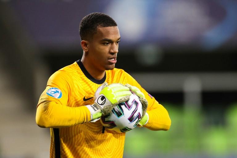 FC Nantes Mercato : L'entourage de Lafont fait le point
