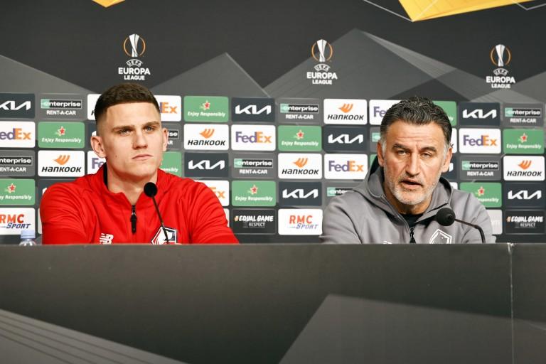 Christophe Galtier, entraîneur du LOSC, et son défenseur Sven Botman en conférence de presse.