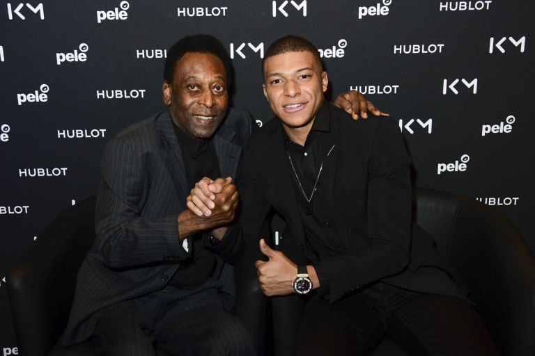 Pelé est fan du PSG et plus particulièrement de Kylian Mbappé.