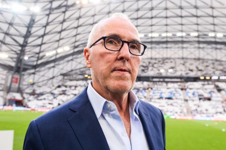Frank McCourt, propriétaire du club phocéen, nie la vente de l'OM.
