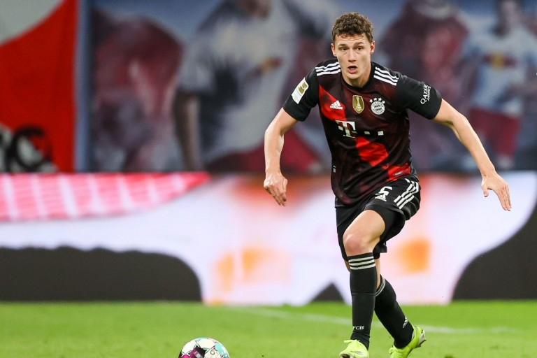 Bayern Munich : Benjamin Pavard défie Mbappé et le PSG