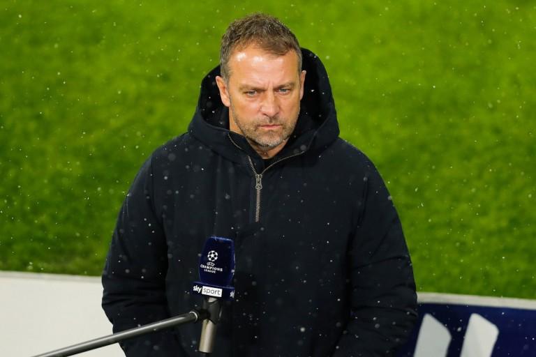 Hansi Flick, entraîneur du Bayern Munich, fait face à de nombreux blessés contre le PSG.