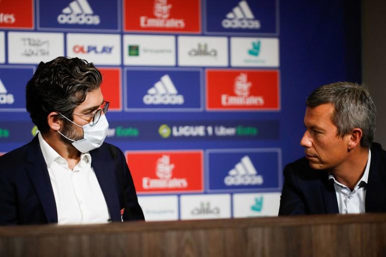 Juninho (directeur sportif) et Vincent Ponsot (directeur du football) à l' OL.