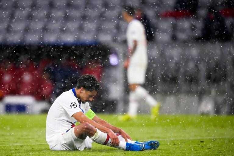 Marquinhos, capitaine du PSG, touché aux adduccteurs.