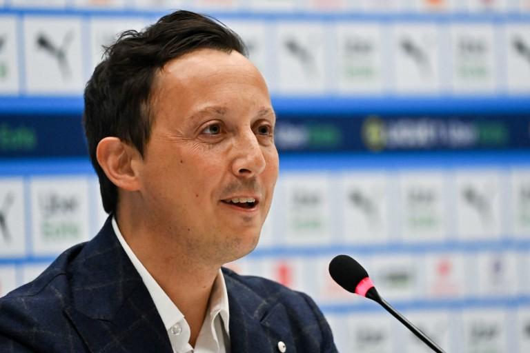 Le président de l' OM, Pablo Longoria, lors d'une conférence de presse.