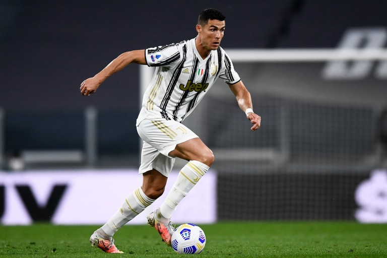 Cristiano Ronaldo est annoncé sur le départ de la Juventus de Turin.