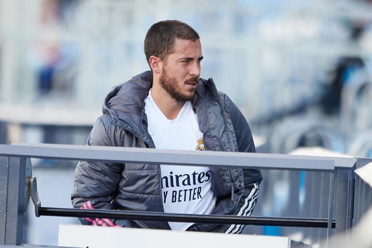 Eden Hazard sur le banc de touche du Real Madrid.