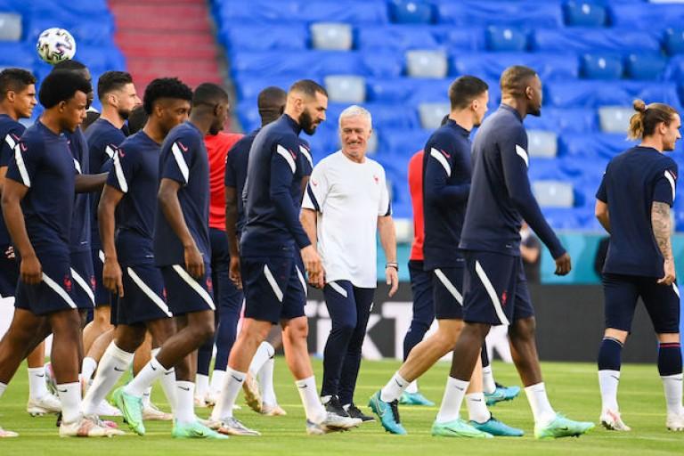 L'Équipe de France joue son premier match de l'Euro ce soir contre l'Allemagne.