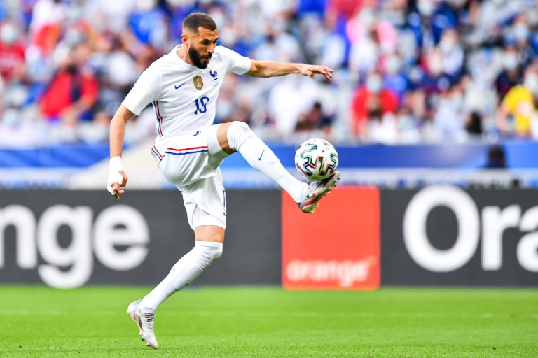 Karim Benzema et les Bleus affrontent la Suisse ce soir en 8e de finale de l'Euro.
