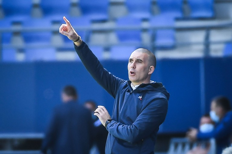 Laurent Batlles, coach de l'ESTAC, est dans un nouveau projet à l'ASSE ?