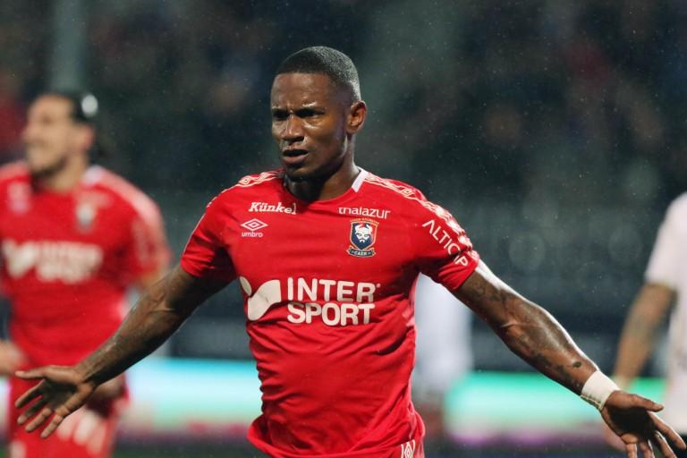 Deportivo Mercato : Vers un retour en France pour Claudio Beauvue ?