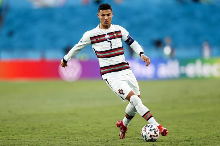 Cristiano Ronaldo encore éloigné du PSG.
