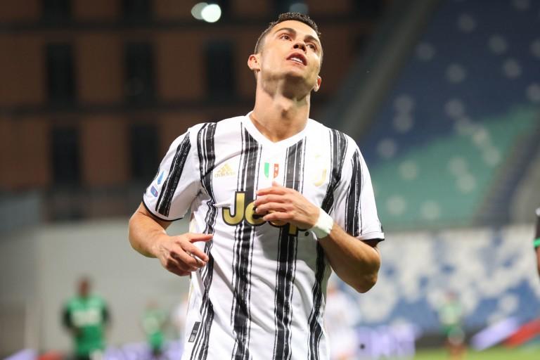 Pavel Nedved calme le jeu pour Ronaldo