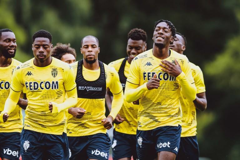 Djibril Sidibé et ses coéquipiers de l'AS Monaco à l'entraînement.