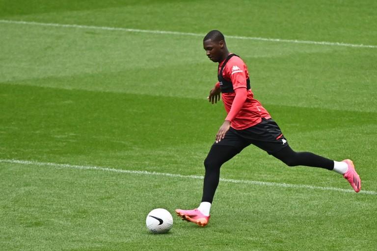 Fodé Ballo-Touré va quitter l' AS Monaco.