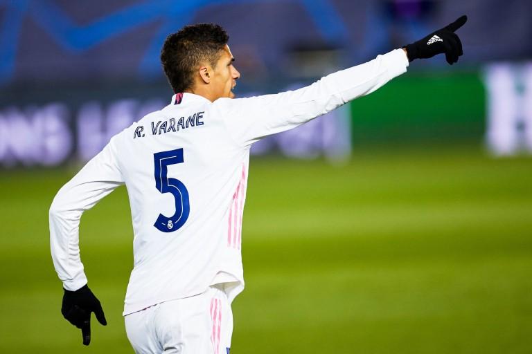 Mercato PSG : Raphaël Varane en route pour la Premier League.