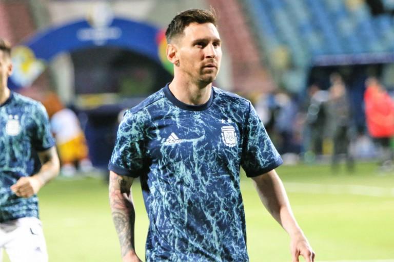 PSG Mercato : Le Barça a besoin d'une fortune pour garder Lionel Messi.