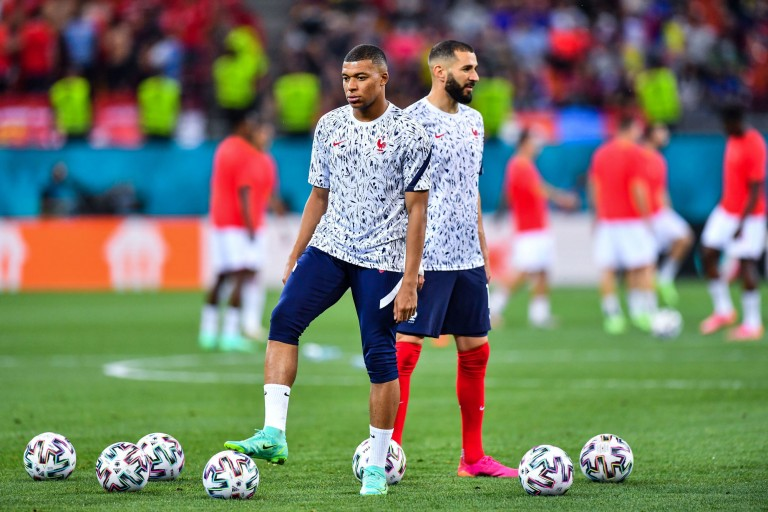 PSG Mercato : Kylian Mbappé et Karim Benzema réunis au Real Madrid dès cet été ?