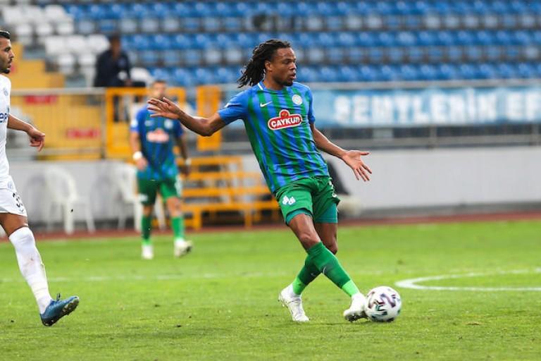 Loïc Rémy évoluant à Rizespor est annoncé dans les plans de l' OGC Nice.