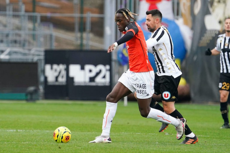 Chelsea Mercato : Trevoh Chalobah dans le viseur du RC Lens.