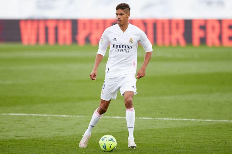 Raphaël Varane s'apprête à quitter le Real Madrid pour Man United.