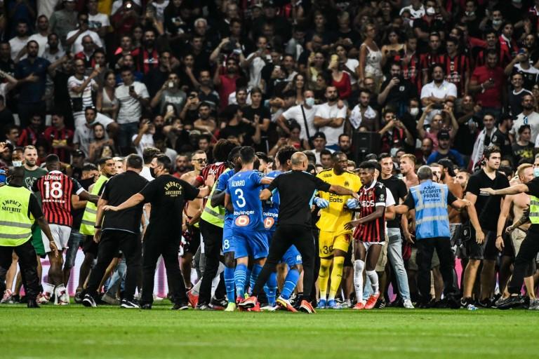 Le LFP va rendre son verdict ce mercredi concernant le sort du match arrêté entre l' OGC Nice et l' OM.