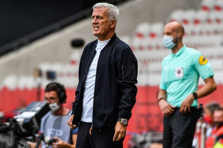 Entraineur des Girondins de Bordeaux, Vladimir Petkovic vient de recevoir une mauvaise nouvelle.