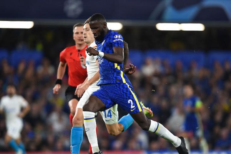Antonio Rüdiger accorde sa préférence à Chelsea pour son avenir.