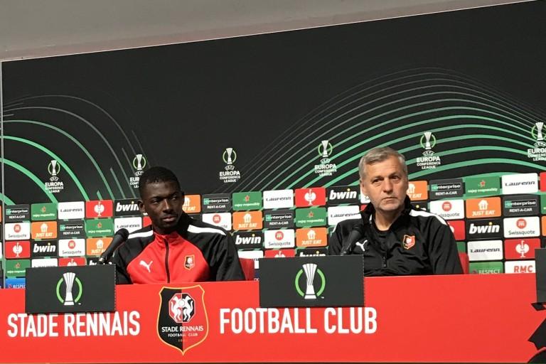 Hamari Traoré, latéral droit du Stade Rennais et Bruno Genesio, coach.