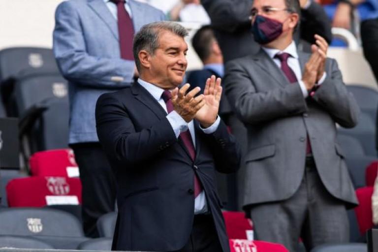 Joan Laporta, le président du Barça, aurait même bouclé un premier gros coup hivernal.
