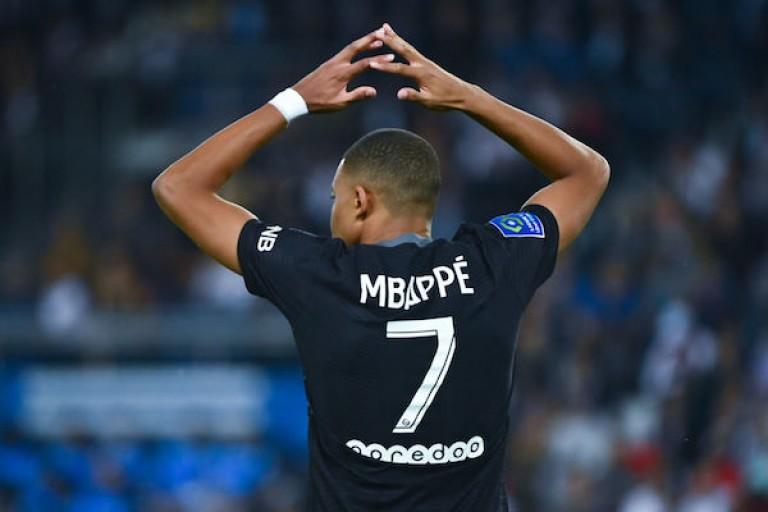 Kylian Mbappé va rejoindre le Real Madrid l'été prochain selon Florentino Pérez.