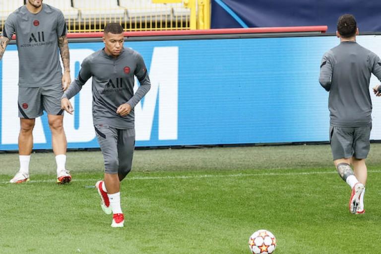 Leonardo ne voit pas Mbappé partir du PSG.