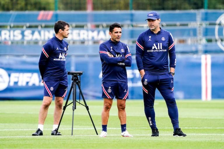 PSG : Mauricio Pochettino et ses adjoints au Camp des Loges.