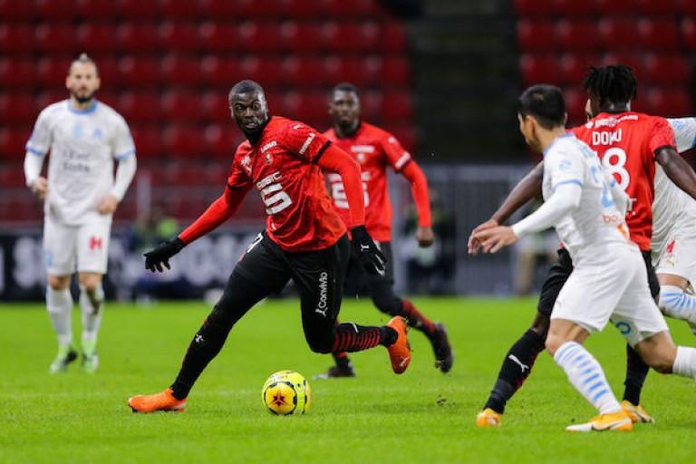 Mbaye Niang vit peut-être ses derniers jours au Stade Rennais.