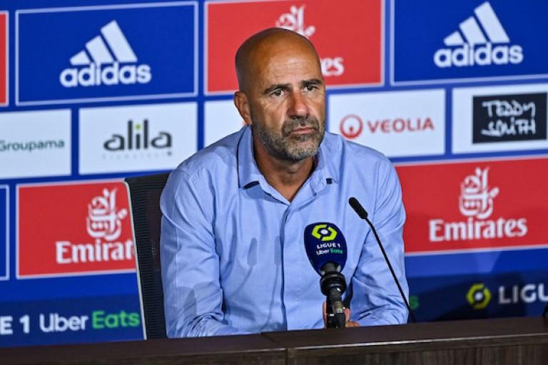 Peter Bosz, entraîneur du PSG.