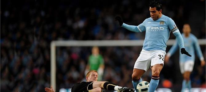 PSG – Transfert : Duel à distance Paris-Conrithians pour Tevez !
