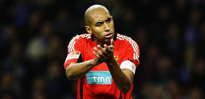 Transfert foot : À défaut du PSG, Luisao prolonge au Benfica