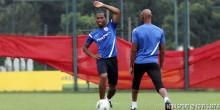 Didier Drogba / Nicolas Anelka