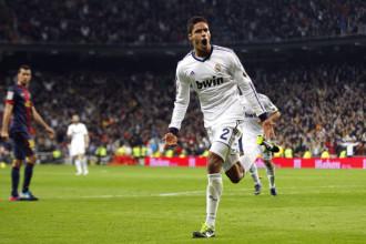 Real Madrid – Mercato : Raphaël Varane vers le Bayern Munich ?