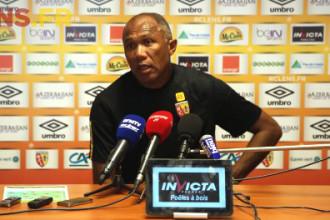 RC Lens : Kombouaré et la fragilité mentale de son équipe