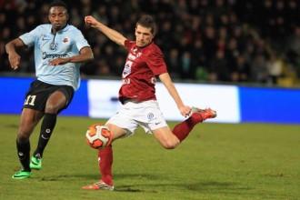 Nîmes Olympique – Mercato : Romain Rocchi et Florian Fabren ciblés