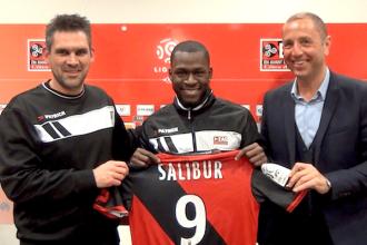 Transfert – Clermont  : Yannis Salibur signe à Guingamp pour 3 ans Off.