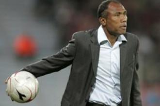RC Lens – Valenciennes (0-1) : Kombouaré déçu du derby