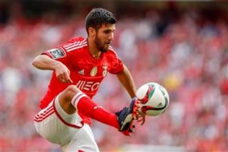 Mercato – Benfica : Lisandro Lopez vers Atalanta ?
