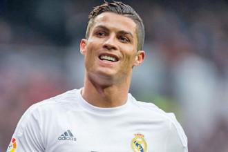 PSG -Transfert :Offre de 120M€ – Ronaldo, bien la star attendue !